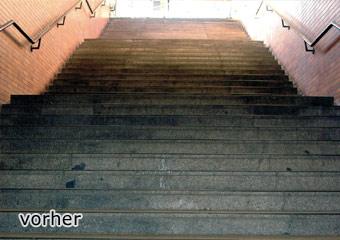 Granitbelag im U-Bahnbereich München, stark verschmutzt, auch mit Kaugummi... 1